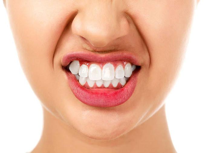Βρυγμός (τρίξιμο δοντιών) Τι είναι και πως θεραπεύεται;